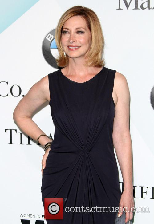 Sharon Lawrence 1