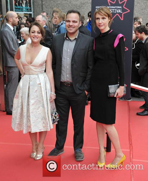 Jaime Winstone, Kyle Patrick Alvarez and Dolly Wells 2