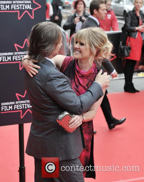 Robert Carlyle and Ashley Jensen 6