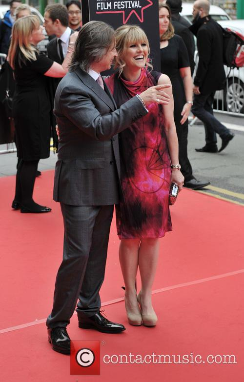 Robert Carlyle and Ashley Jensen 7