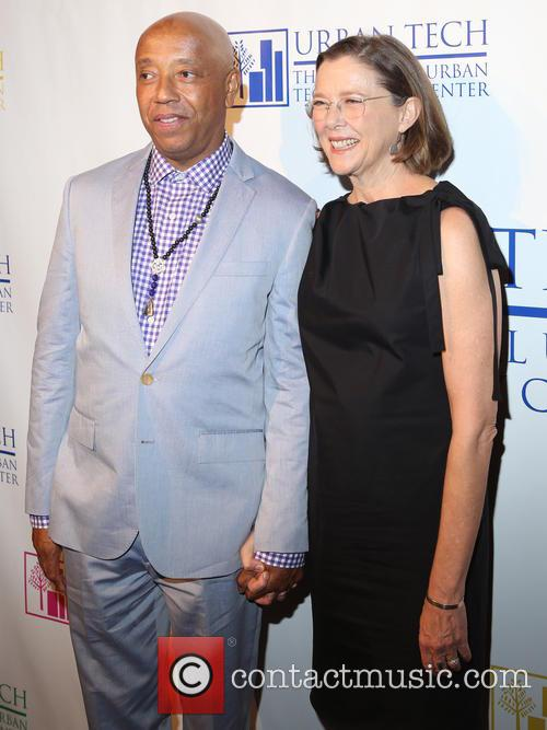 Russell Simmons and Annette Bening 4