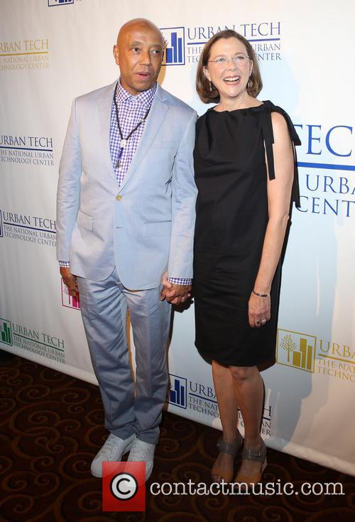 Russell Simmons and Annette Bening 5