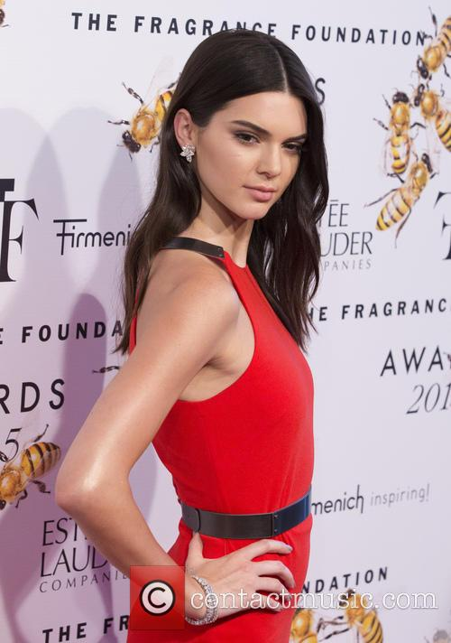 Kendall Jenner Picture Breaks Kim Kardashian And Kanye West Instagram Record