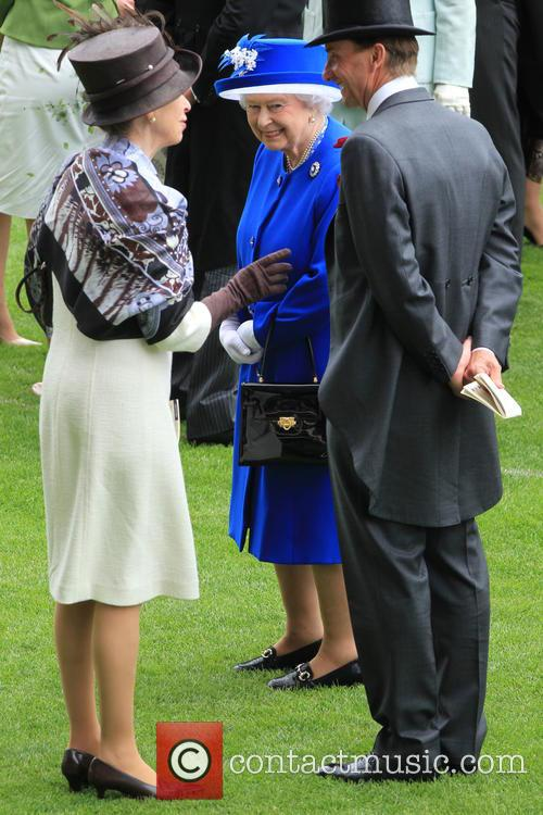 Anne, Princess Royal and Queen Elizabeth Ii 7