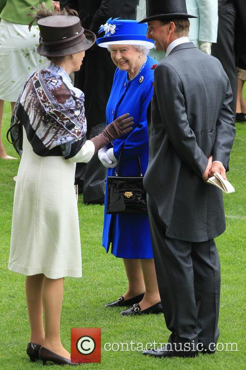 Anne, Princess Royal and Queen Elizabeth Ii 8