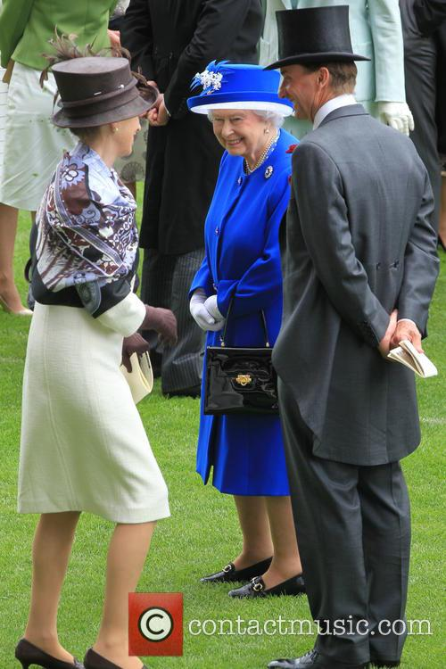 Anne, Princess Royal and Queen Elizabeth Ii 10