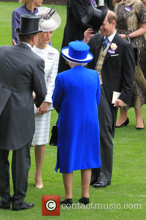 Prince Edward, Earl Of Wessex, Sophie, Countess Of Wessex and Queen Elizabeth Ii 8