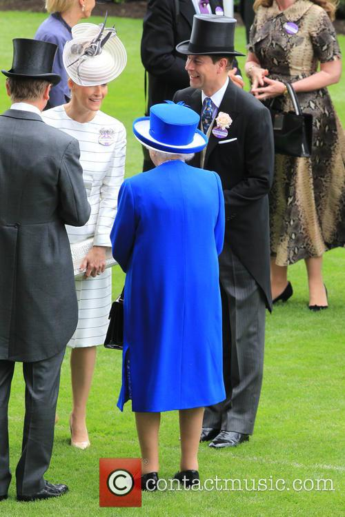 Prince Edward, Earl Of Wessex, Sophie, Countess Of Wessex and Queen Elizabeth Ii 9