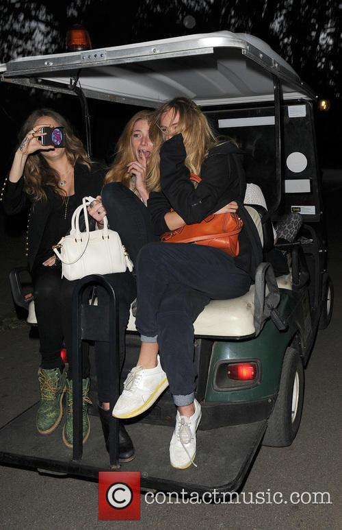 Cara Delevingne, Clara Paget and Suki Waterhouse 10