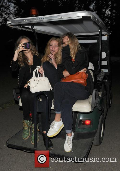 Cara Delevingne, Clara Paget and Suki Waterhouse 11