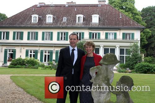 Simon Mcdonald and Lady Olivia Mcdonald 9