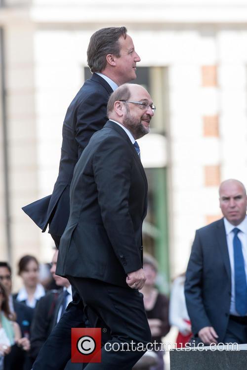 David Cameron and Martin Schulz 6