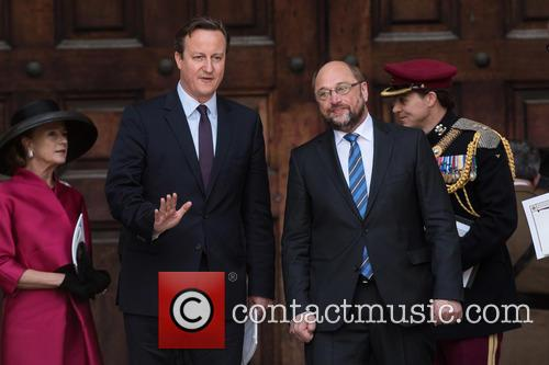 David Cameron and Martin Schulz 9