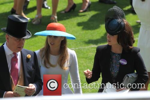 Princess Beatrice, Prince Andrew and Princess Eugenie Of York 3