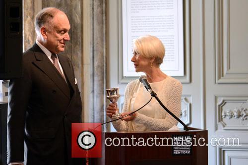 Ronald Lauder and Helen Mirren 4