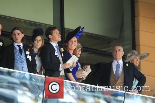Dave Clark, Duchess Of York, Sarah Ferguson, Princess Beatrice, Princess Eugenie and Prince Andrew 8