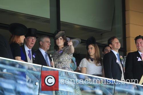 Duchess Of York, Sarah Ferguson, Princess Beatrice, Princess Eugenie and Prince Andrew 6