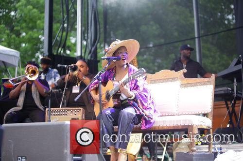 Lauryn Hill 9