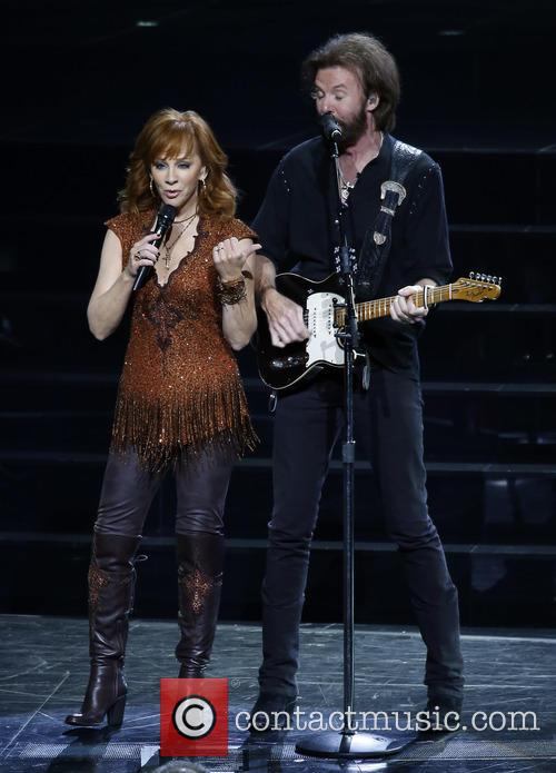 Reba Mcentire and Ronnie Dunn 7