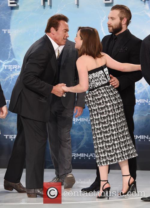 Arnold Schwarzenegger and Emilia Clarke 6