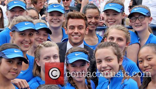 Tom Daley and Queens Ballgirls 7