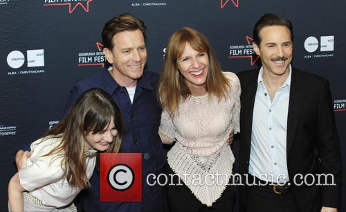Emily Mortimer, Ewan Mcgregor, Dolly Wells and Alessandro Nivola 3