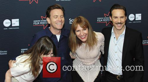 Emily Mortimer, Ewan Mcgregor, Dolly Wells and Alessandro Nivola 4