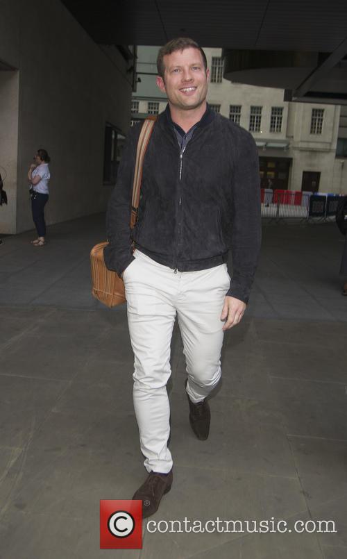 Dermot OLeary seen leaving 'The One Show'