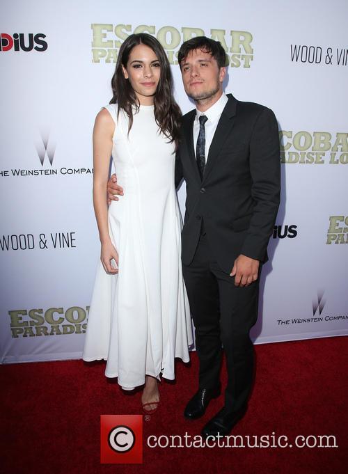 Claudia Traisac and Josh Hutcherson 6