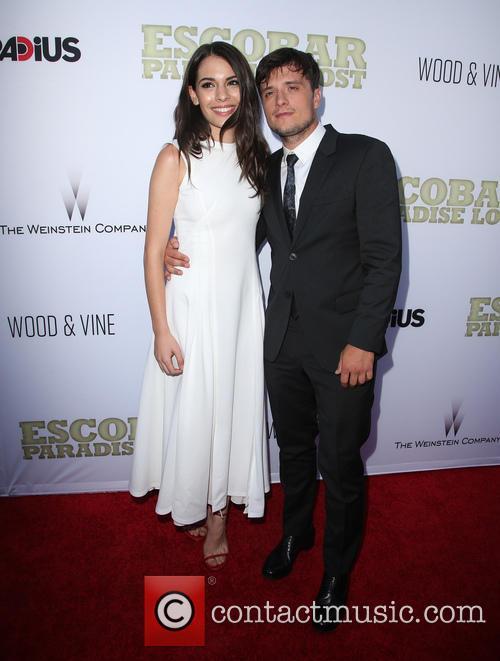 Claudia Traisac and Josh Hutcherson 1