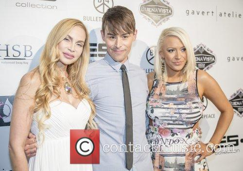 Christina Fulton and Kaya Jones 6