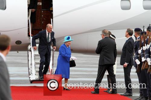 Queen Elizabeth and Prinz Philip 6
