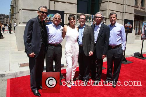 Michelle Rodriguez, Steve Burke, Larry Kurzweil, Tom Williams, Ron Meyer and Mark Woodbury 2