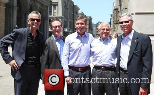 Steve Burke, Larry Kurzweil, Tom Williams, Ron Meyer and Mark Woodbury 5