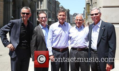 Steve Burke, Larry Kurzweil, Tom Williams, Ron Meyer and Mark Woodbury 6