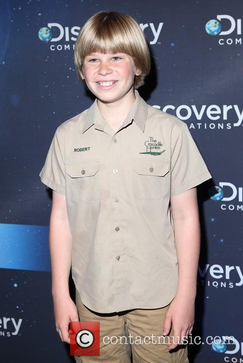 Discovery and Robert Irwin 7