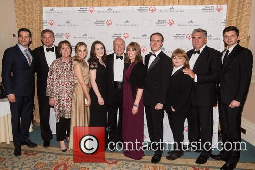 Michael Fox, Hugh Bonneville, Jim Carter, Joanne Froggatt, Rob James-collier, Phyllis Logan, Sophie Mcshera and Lesley Nicol 2