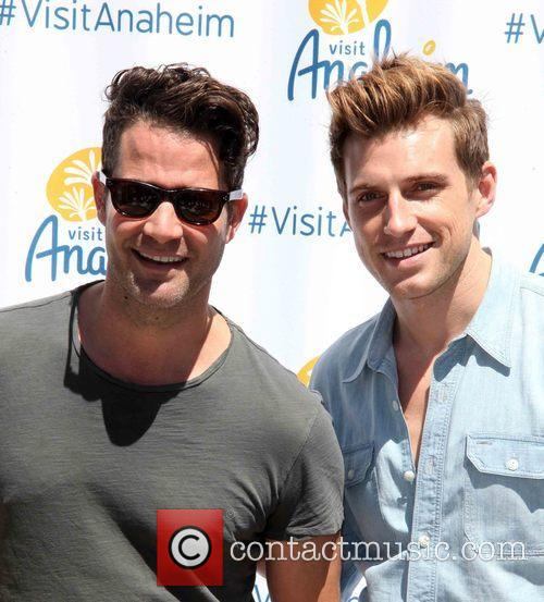 Nate Berkus and Jeremiah Brent 3