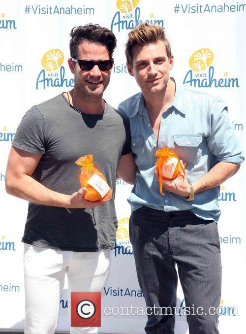 Nate Berkus and Jeremiah Brent 4