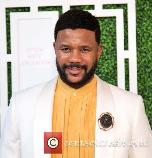 Debra Lee and Hosea Chanchez 11