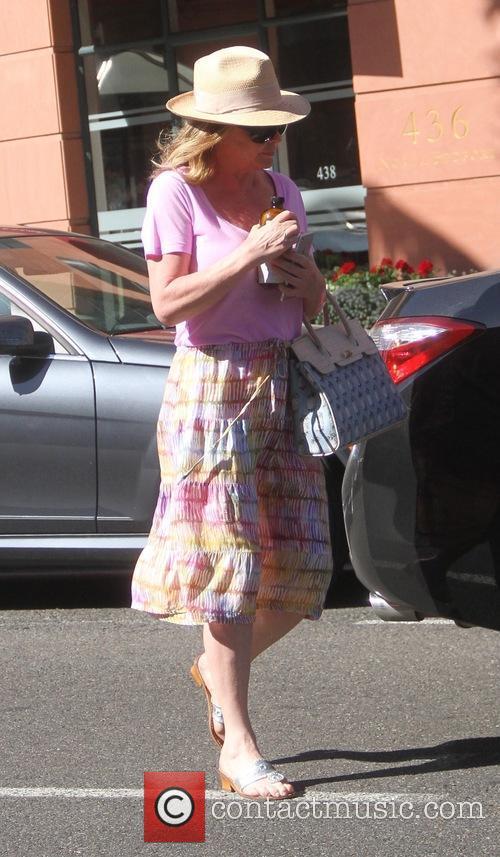 Kathy Hilton 4