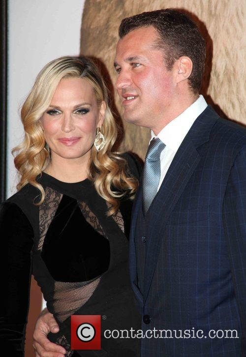 Molly Sims and Scott Stuber 5