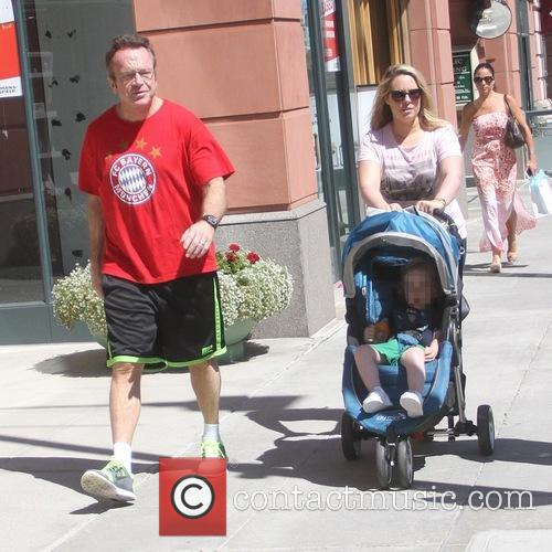 Tom Arnold, Ashley Groussman and Jax Copeland Arnold 11