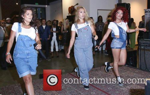 Natalie Mejia, Taylor Mejia, Jazzy Mejia and The Mejia Sisters 4
