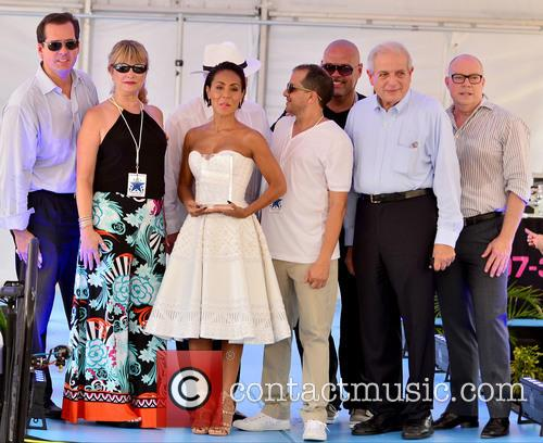 Jada Pinkett Smith (c), Dj Laz and Mayor Tomas Regalado 2