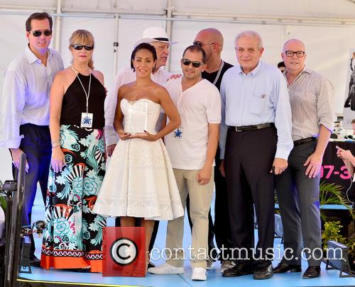 Jada Pinkett Smith (c), Dj Laz and Mayor Tomas Regalado 1