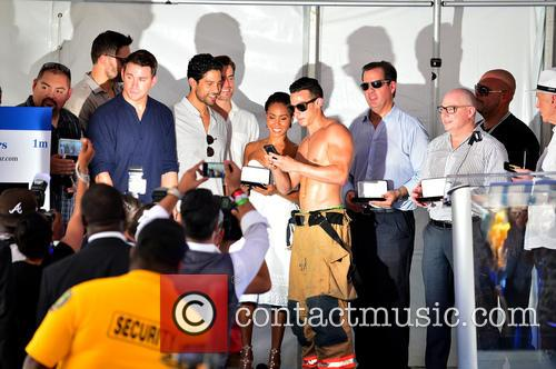 Gabriel Iglesias, Joe Manganiello, Channing Tatum, Adam Rodríguez, Matt Bomer and Jada Pinkett Smith 10