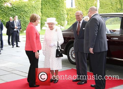 Angela Merkel, Queen Elizabeth Ii, Prince Philip Duke Of Edinburgh and Peter Altmaier 6