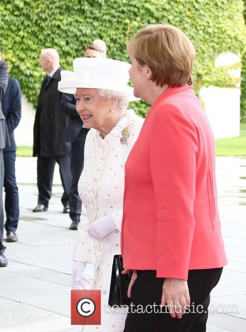 Queen Elizabeth Ii and Angela Merkel 2