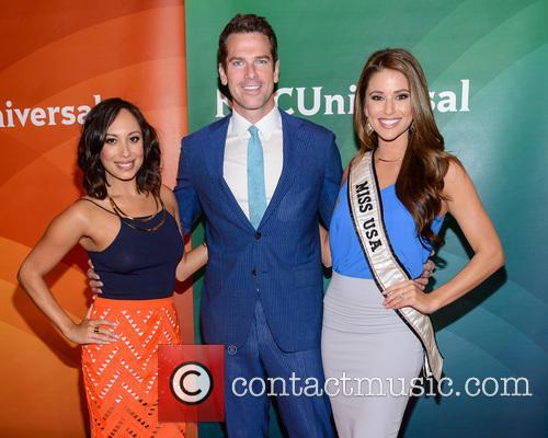 Cheryl Burke, Thomas Roberts and Nia Sanchez 5